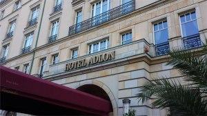 Fachada principal Hotel Adlon