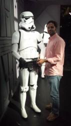 Este stormtrooper es un pelín timidillo