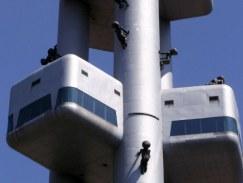 torre-della-tv-di-praga-01